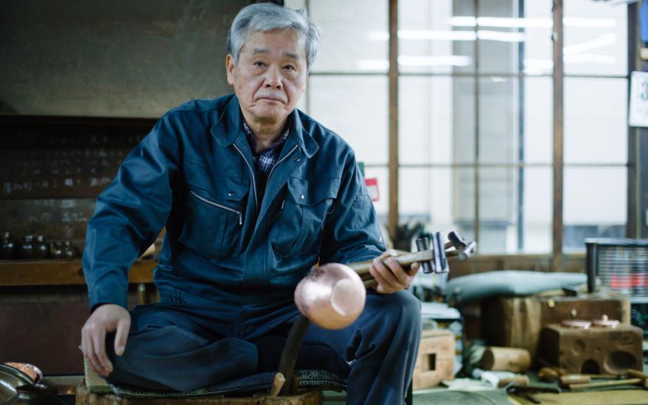 「玉川堂」の職人の細野五郎さん