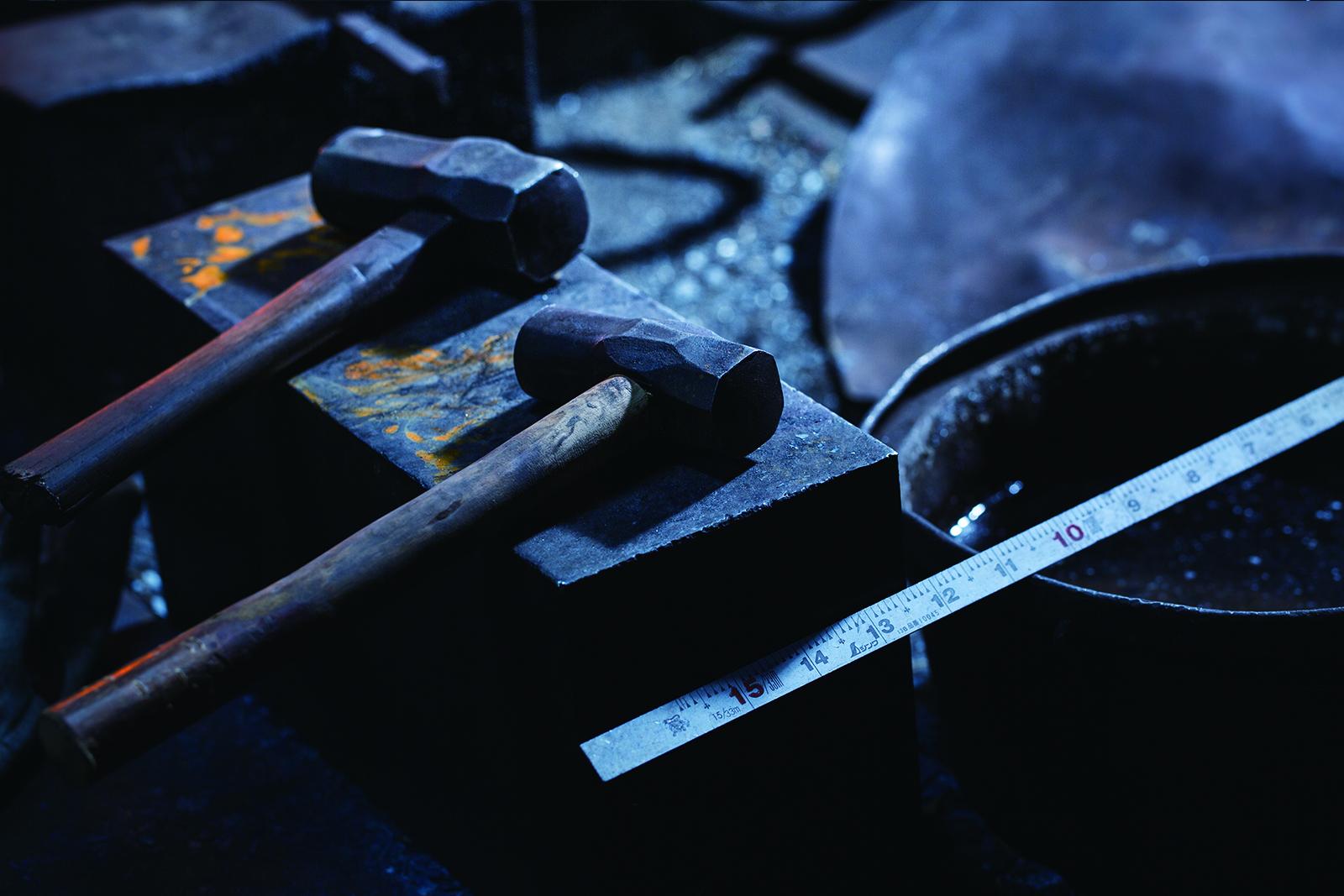 2つ並んだ、当代専用の手前にある手槌と、先代から受け継がれた奥の手槌。