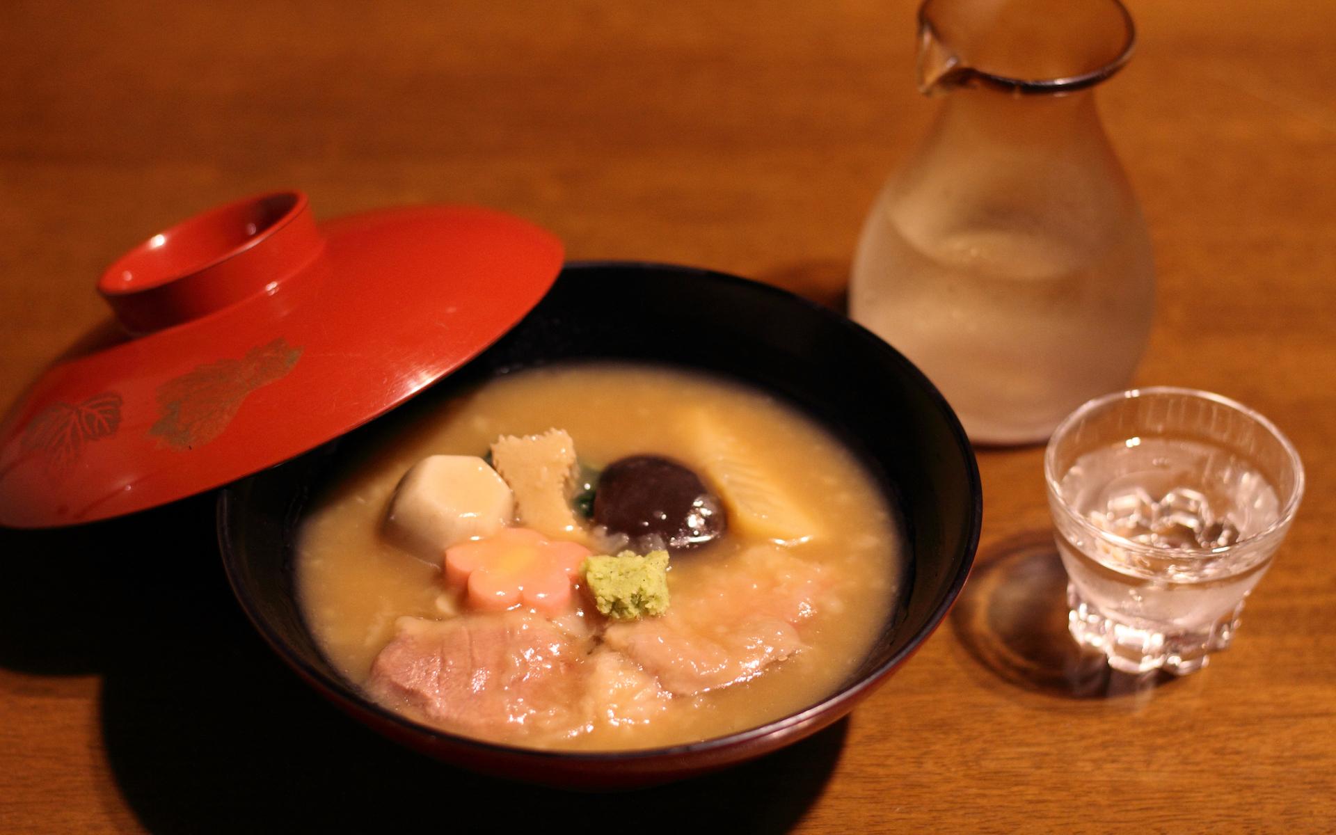 柔らかな鴨と季節の野菜を贅沢にいただく加賀料理 治部煮