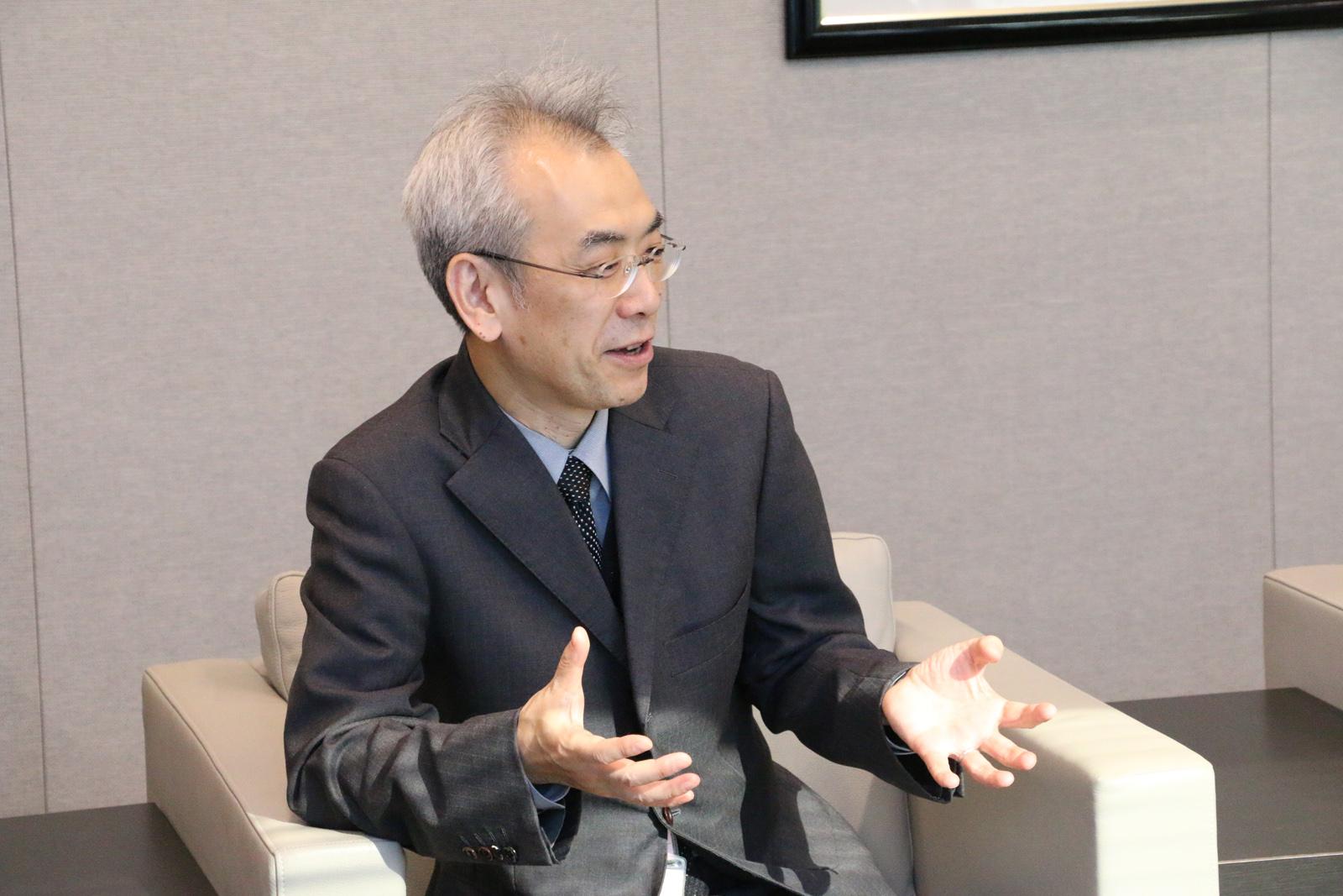 「サガ」シリーズを第1作から手がけてこられたエグゼクティブ・プロデューサーの河津秋敏さん