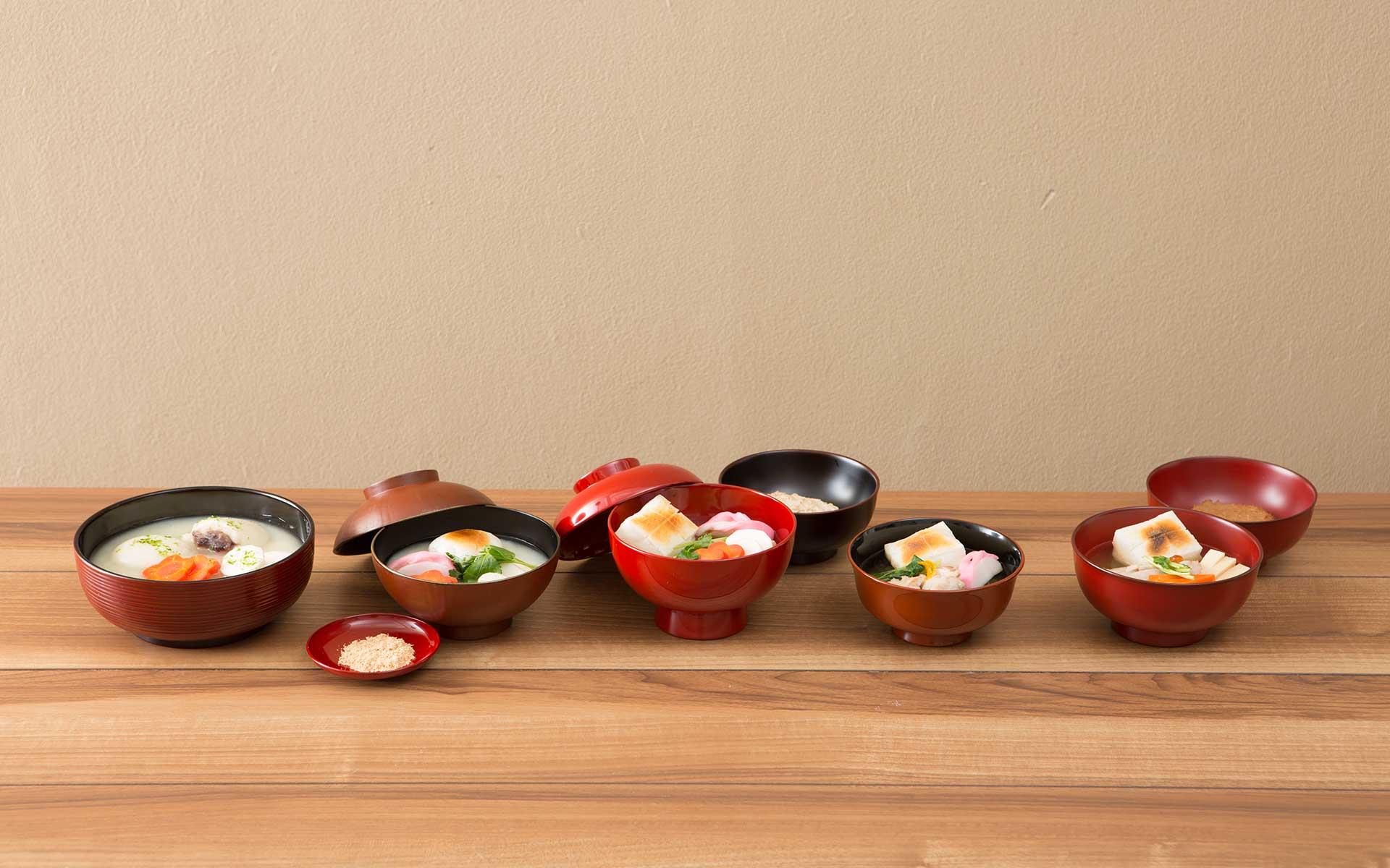 日本全国雑煮くらべ ご当地のお椀でご当地のお雑煮をいただく、をやってみました