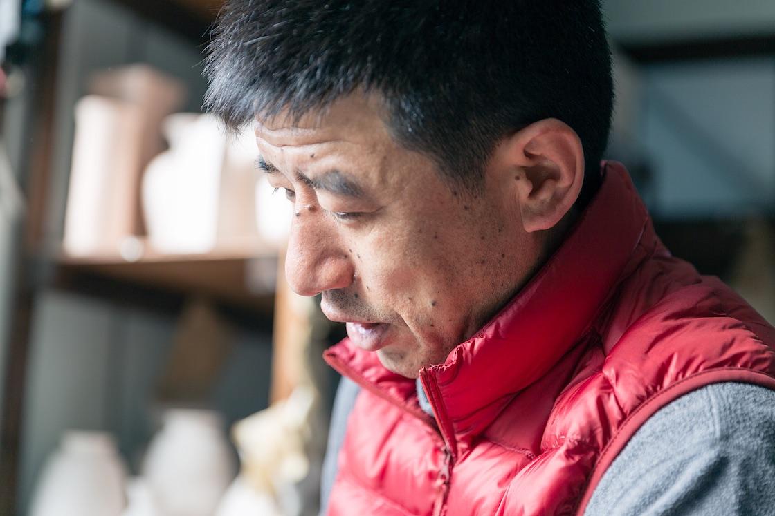 平戸松山は平戸藩の御用窯として栄えた三川内山で、三川内焼を守り続ける窯元です。