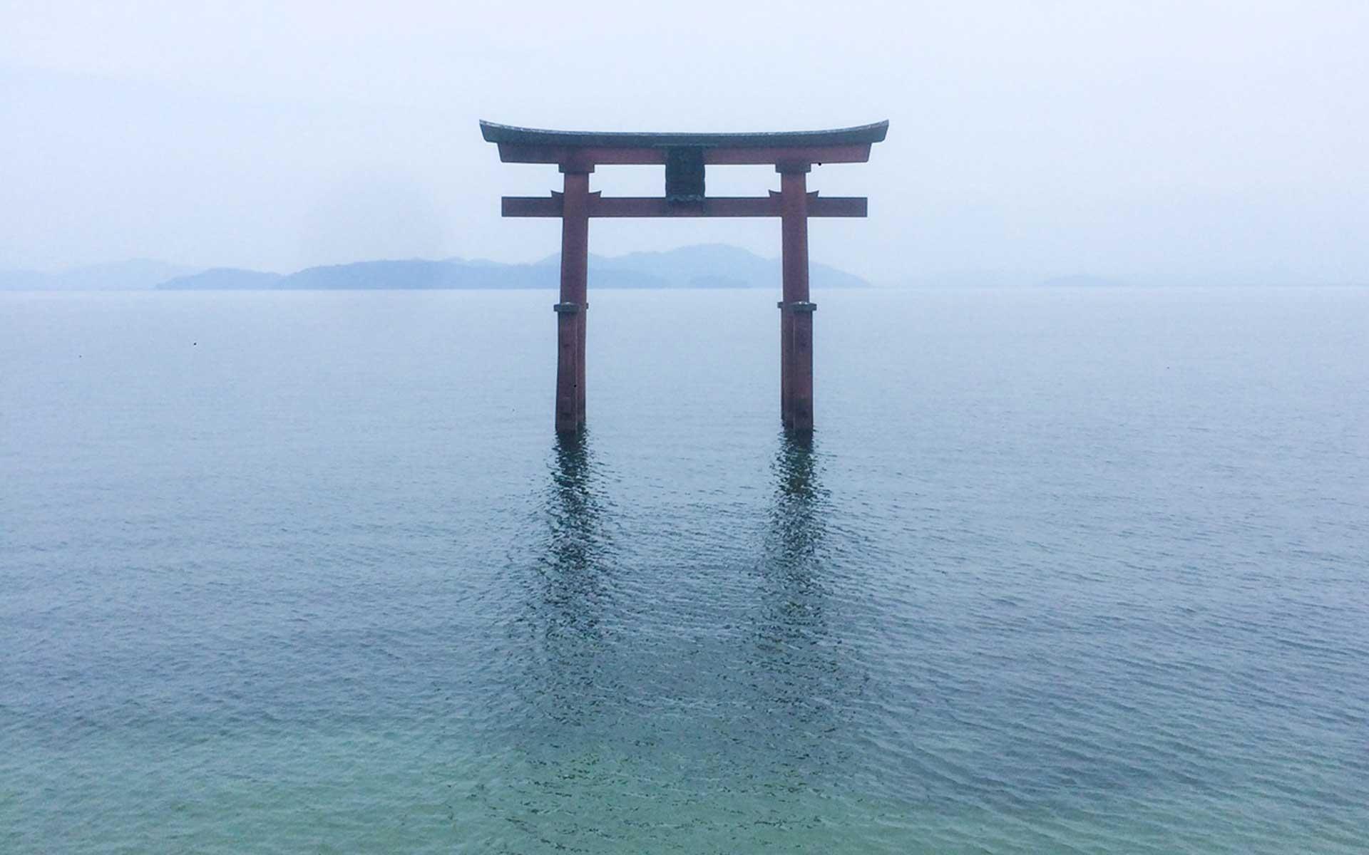 琵琶湖の北西で100余年。和ろうそく工房と跡取り息子の挑戦