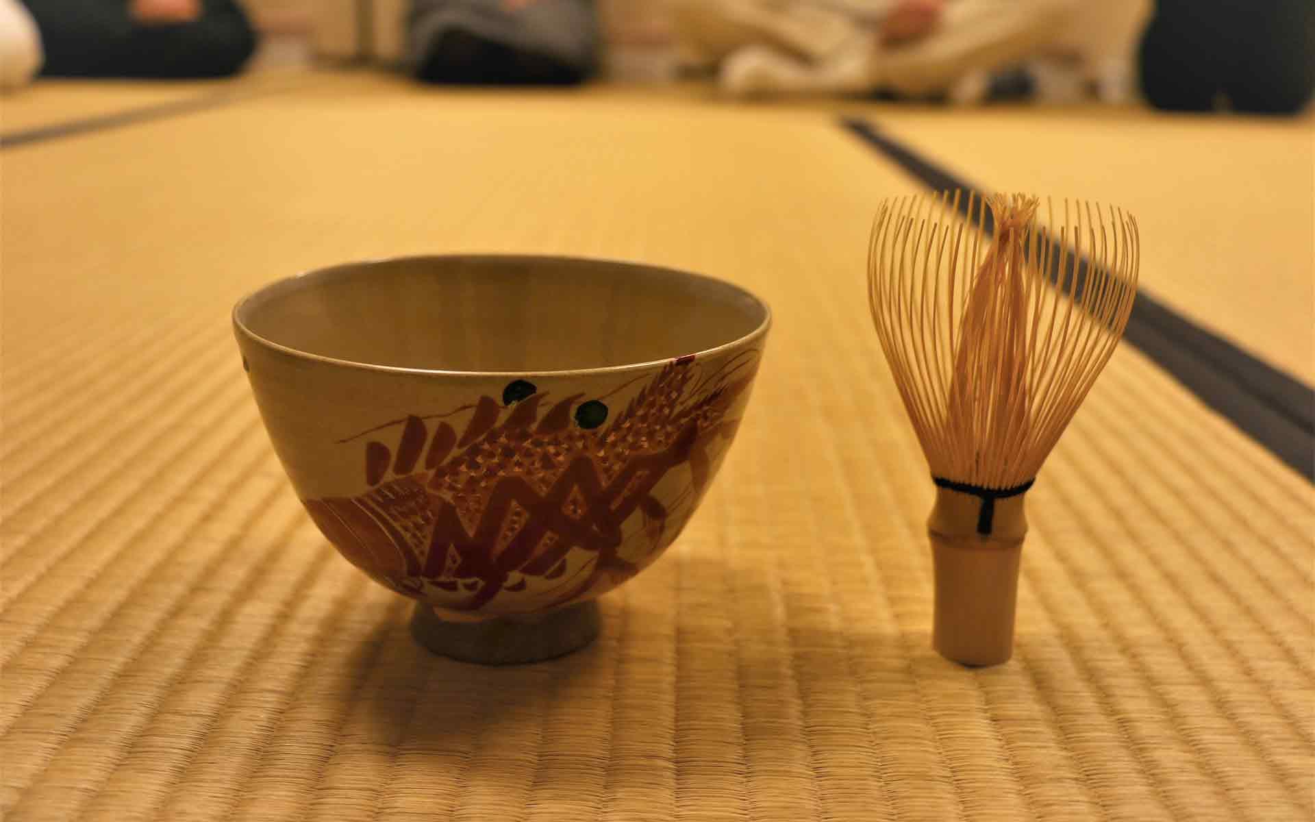 1月はおめでたい伊勢海老のお茶碗で