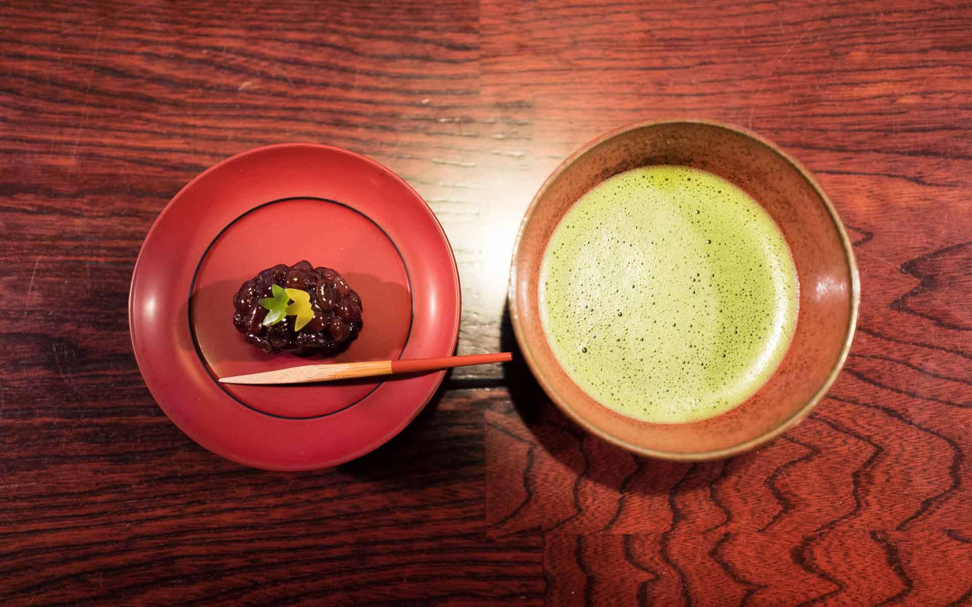 お抹茶と和菓子のセット
