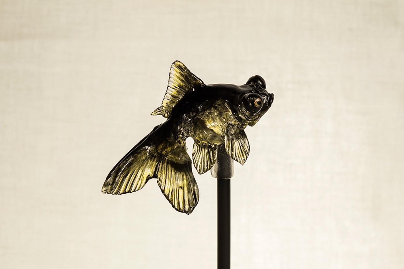 色付けを経て完成した金魚の飴は、いますぐにでも動き出しそう(提供:アメシン)