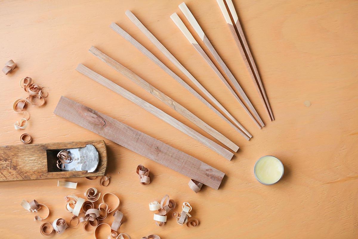 鎌倉の作り手たちが商品開発した、五島の特産品・椿を使ったお箸