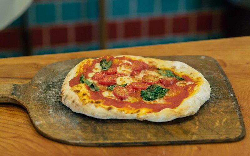 イガピザのマルゲリータ