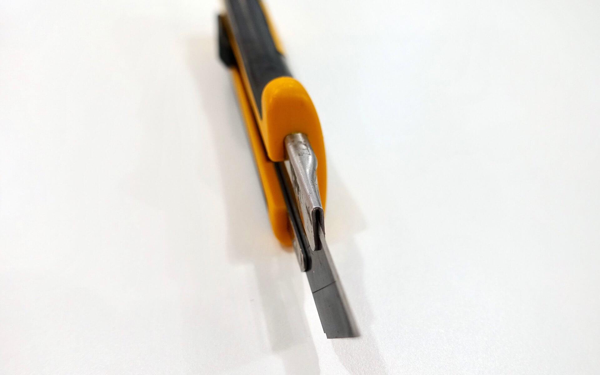 カッターナイフ