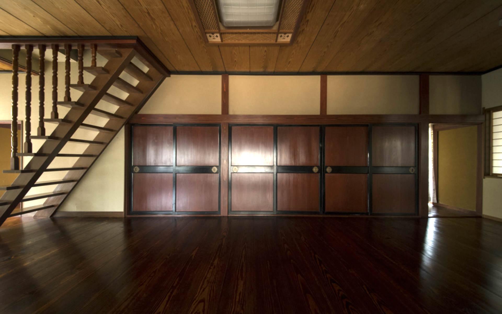 床も天井も漆塗り。100年経っても色あせない「漆の家」