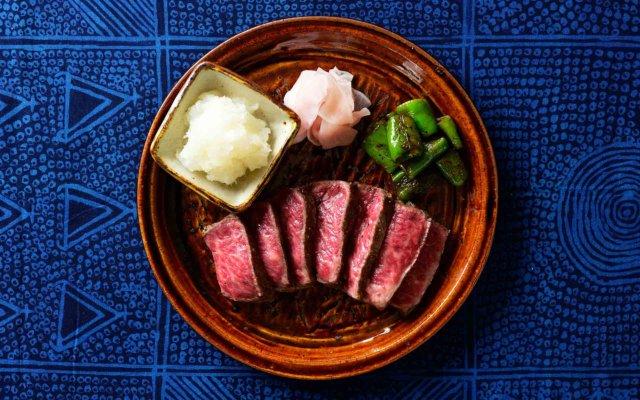 牛肉と3種の野菜の付け合わせ