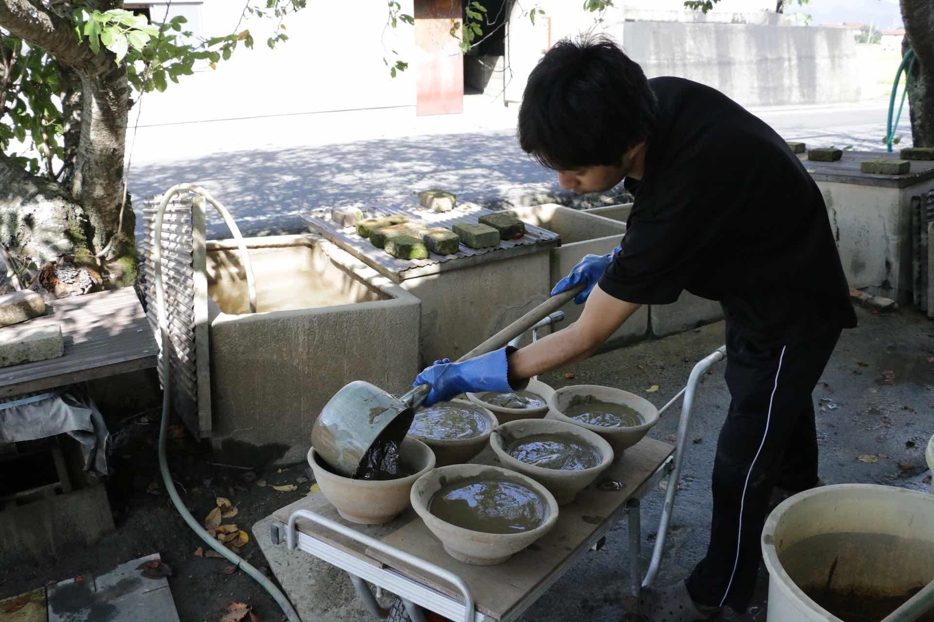 粘土づくりの工程
