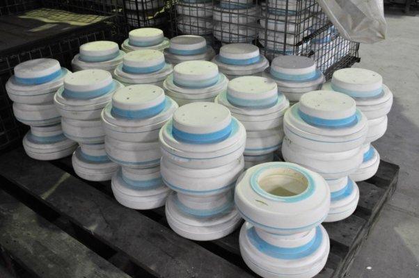 土釜は型を利用して作られるため、全て同じ形に出来上がる