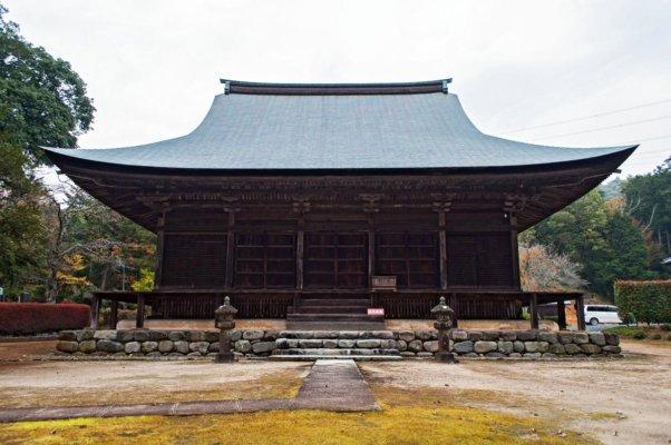 もともとは阿弥陀堂として建造されたものが、現在は本堂として残っているそうです