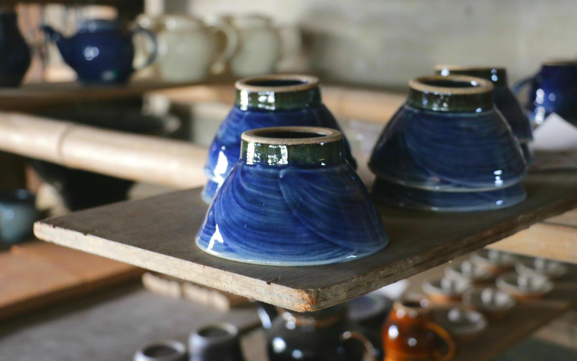 はじめて買う「出西窯」5つの楽しみ方。作り手と会話して選ぶ楽しさを、出雲で味わう