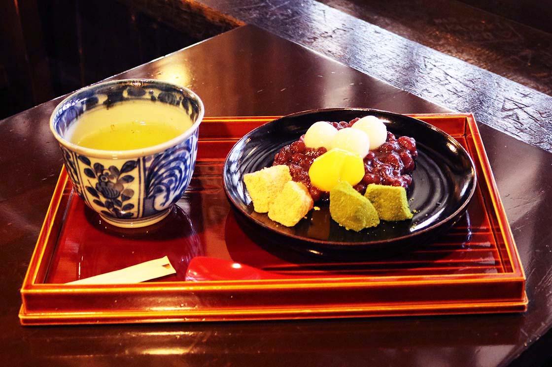 飛騨版画喫茶ばれん「楪子甘味」
