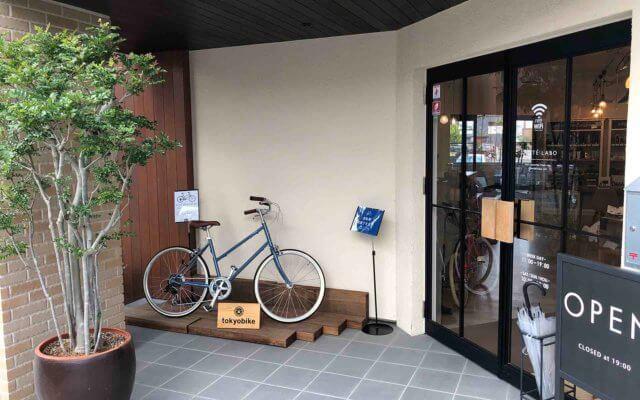 店舗前の自転車