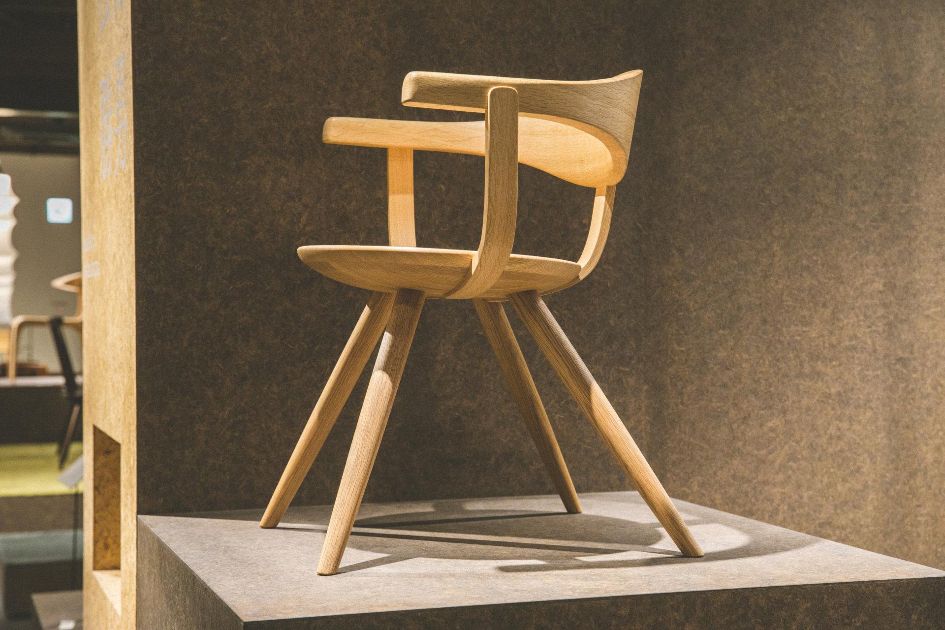 「飛騨の匠」の技術で木の新しい可能性を引き出す、飛騨産業の家具づくり