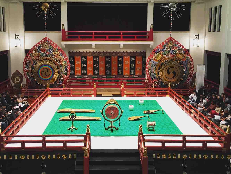 宮内庁式部職楽部の舞台