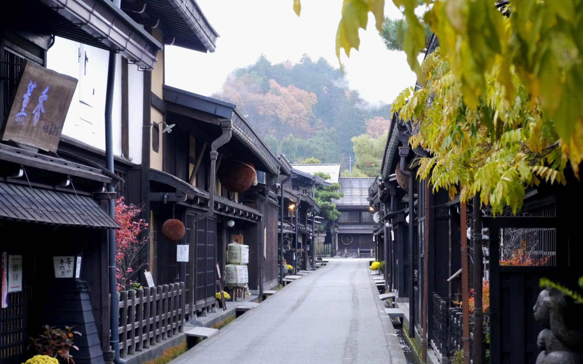 「飛騨高山を1泊2日で」編集部おすすめコース。朝市や郷土料理、版画文化など「古きよき日本」がここに