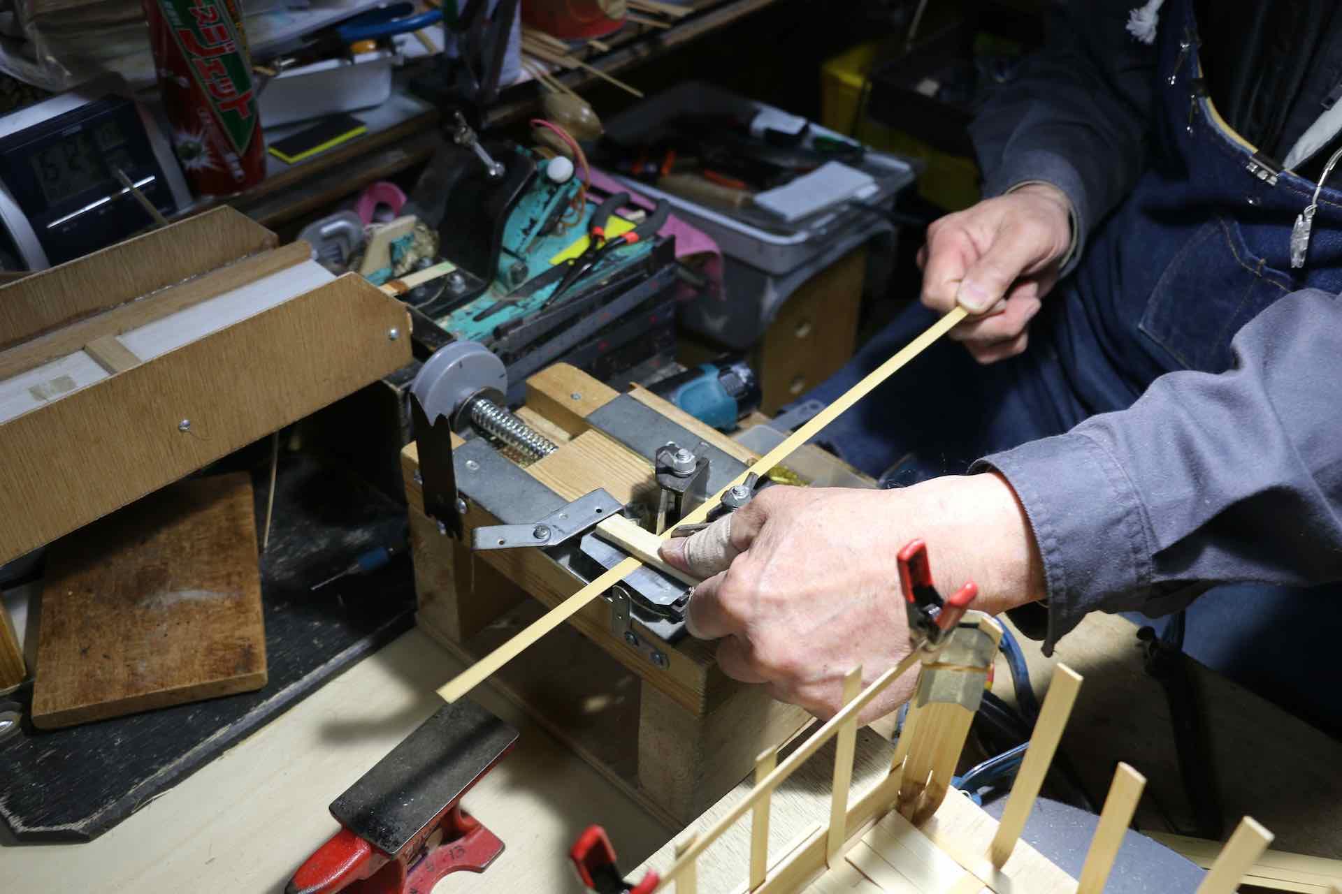 竹材の幅を揃える道具