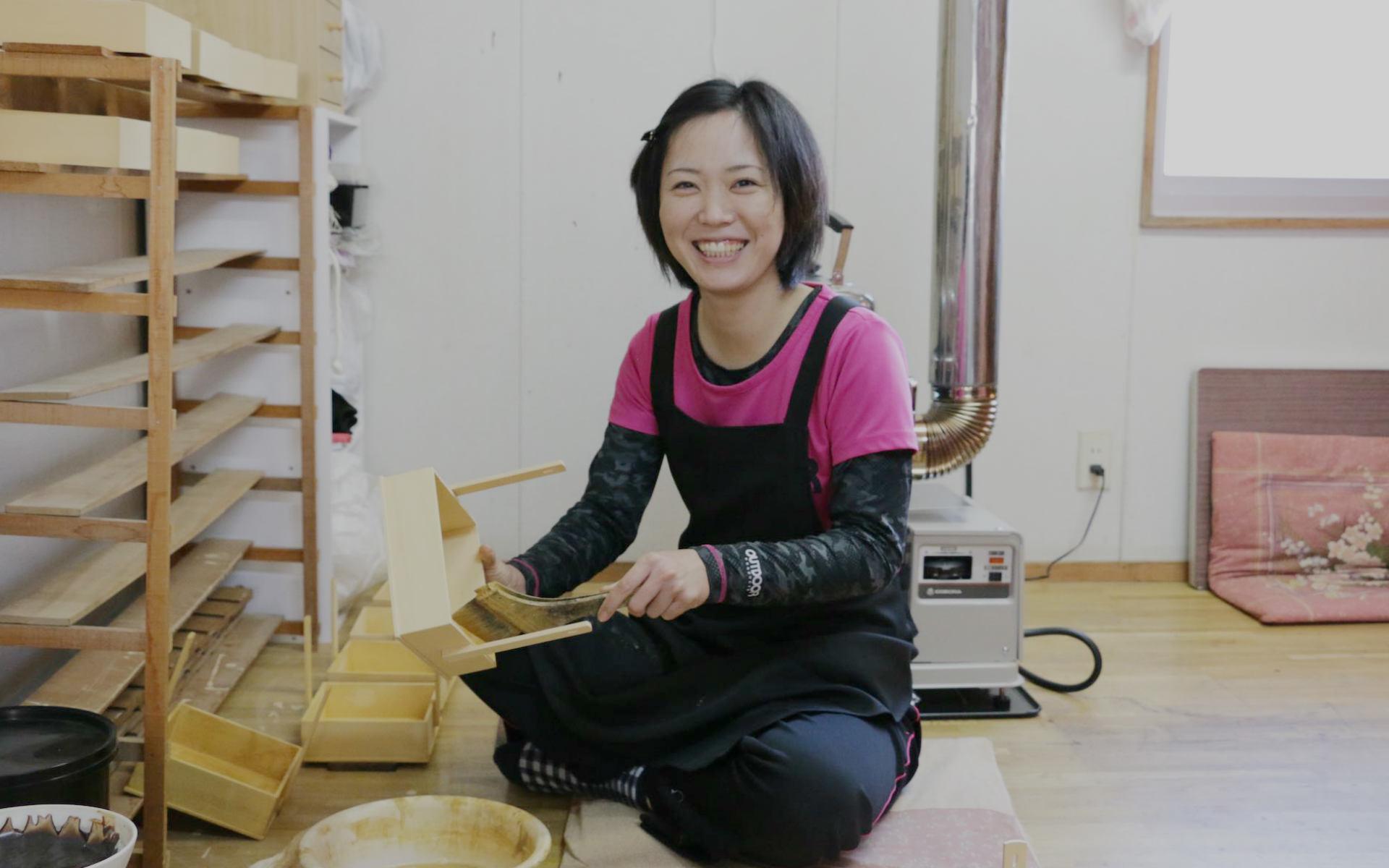 27歳で東京の会社員から飛騨の漆職人に転職した、彼女の選択
