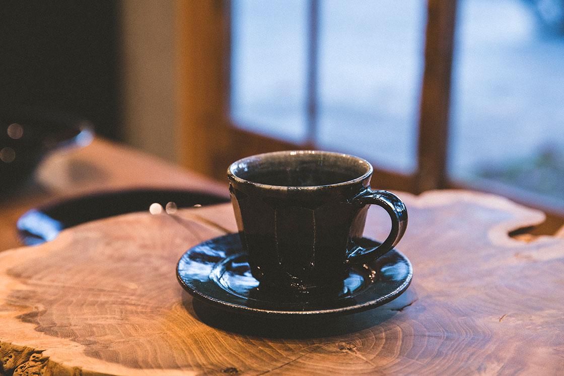 益子焼 阿久津忠男 瑠璃釉コーヒーカップ