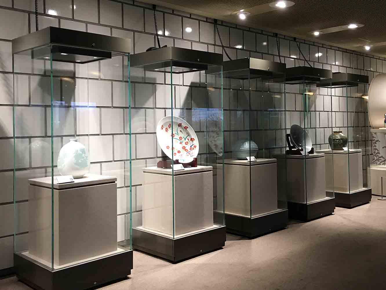 佐賀を代表する芸術院会員や、人間国宝の作品