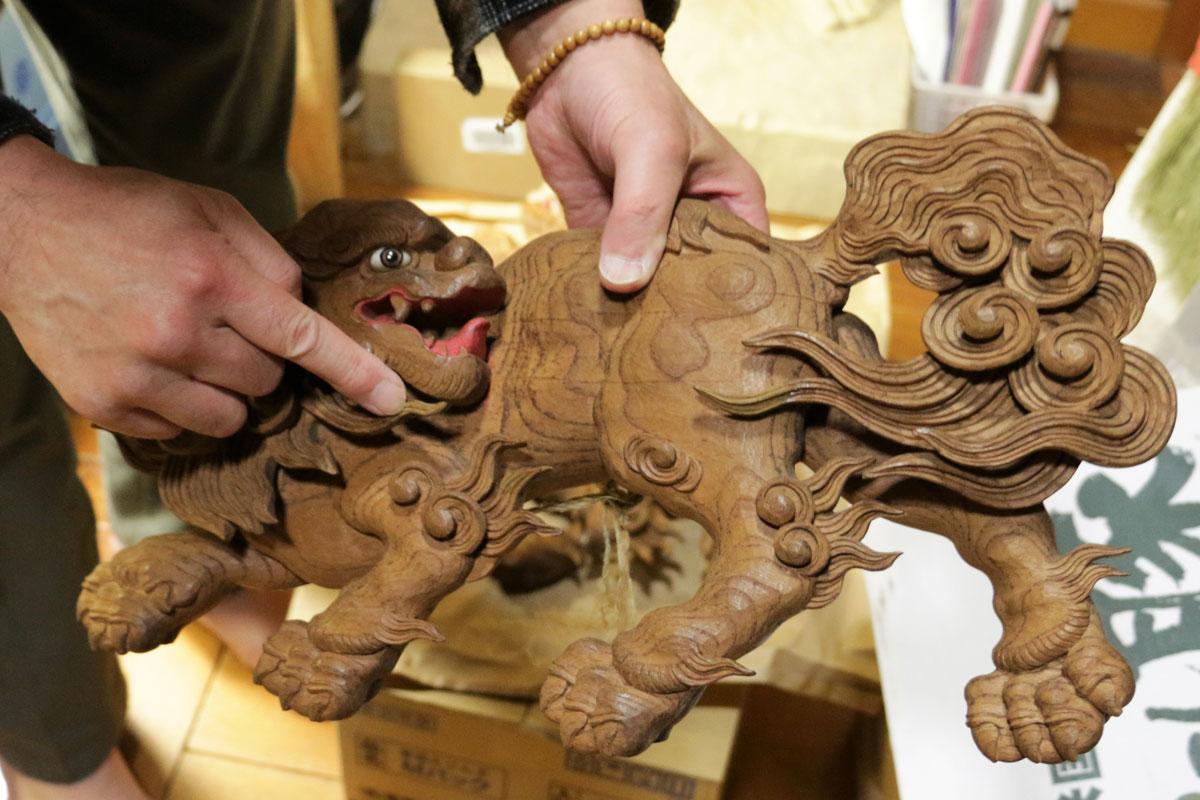大国台の下段には、このような獅子の彫刻が八体ほどこされている