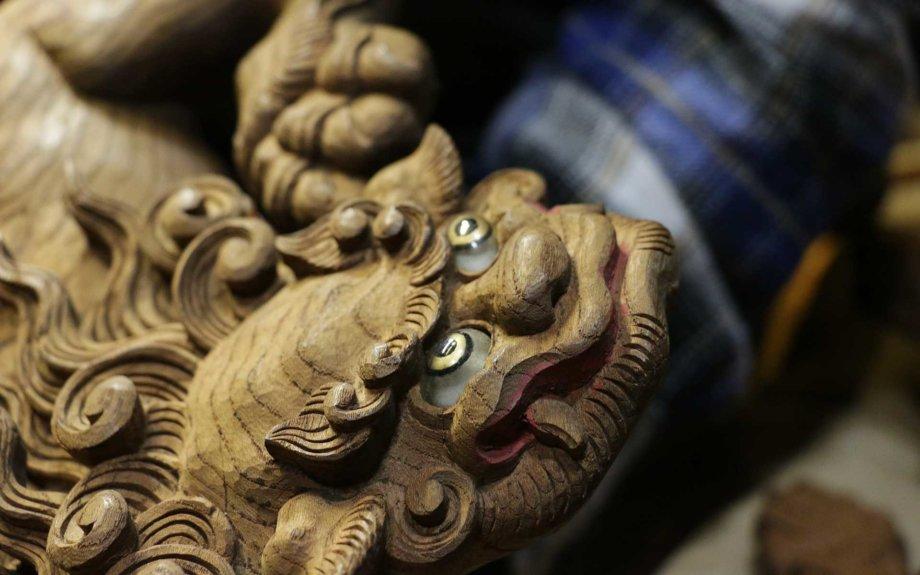 高山祭屋台・木彫の獅子