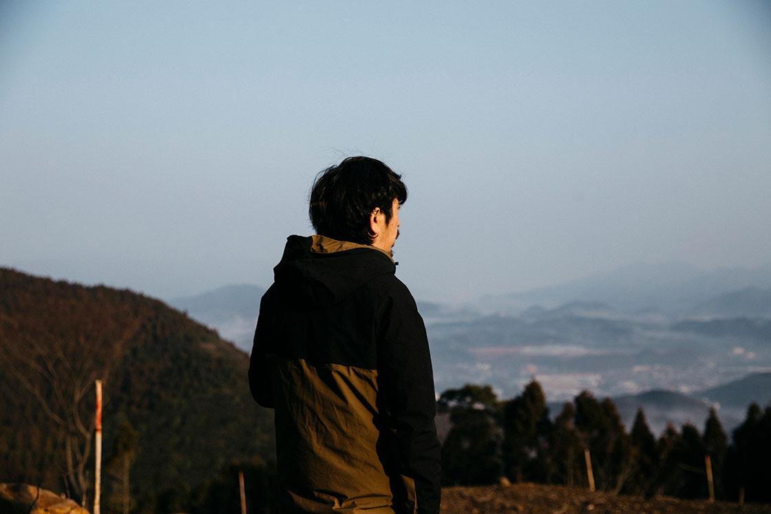 長崎県波佐見町の造園会社「西海園芸」の庭師、山口陽介さん