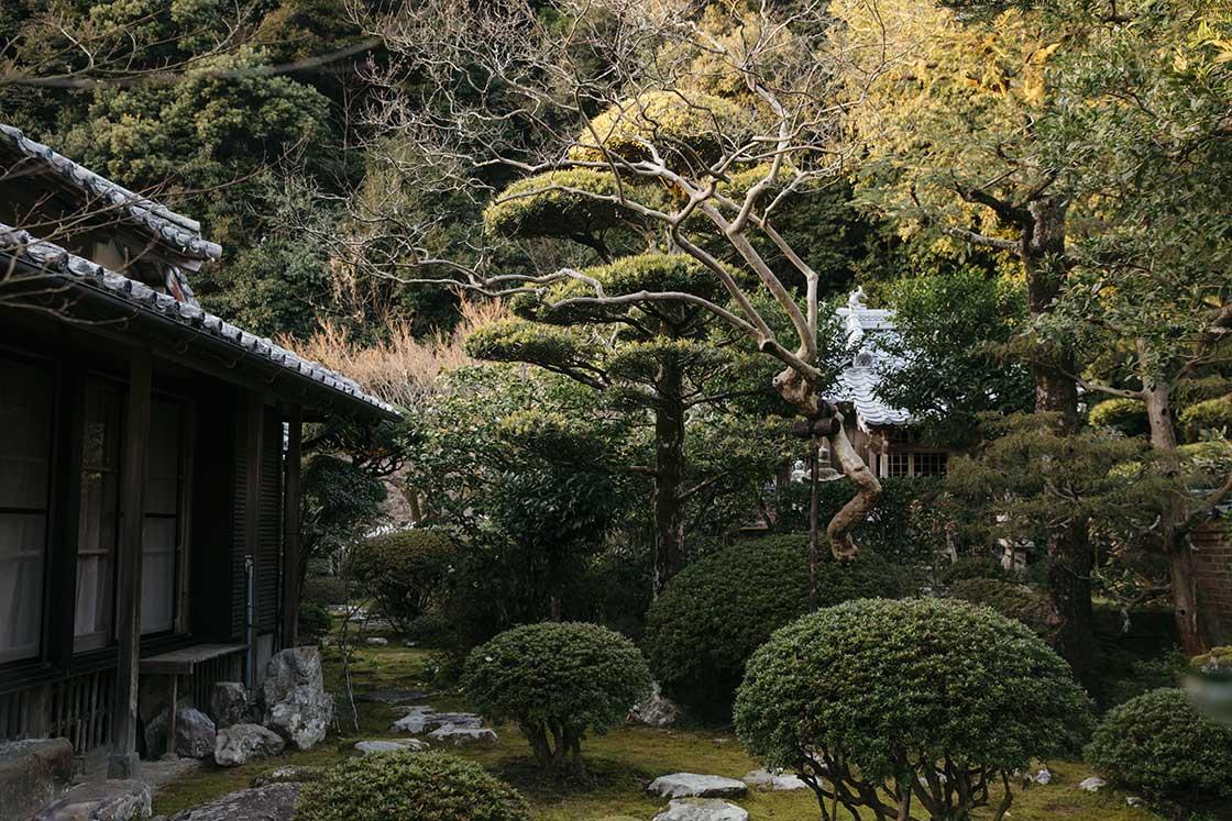 長崎県川棚町の私邸にある日本庭園