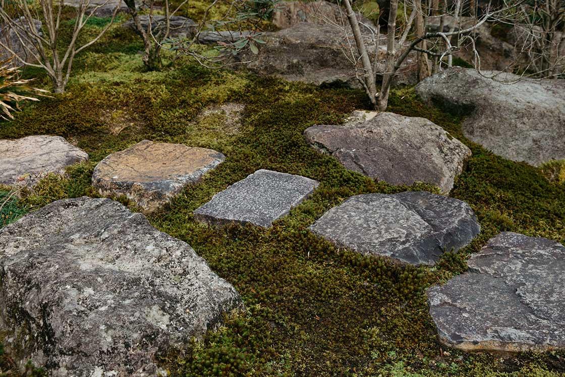 高野寺の切り石