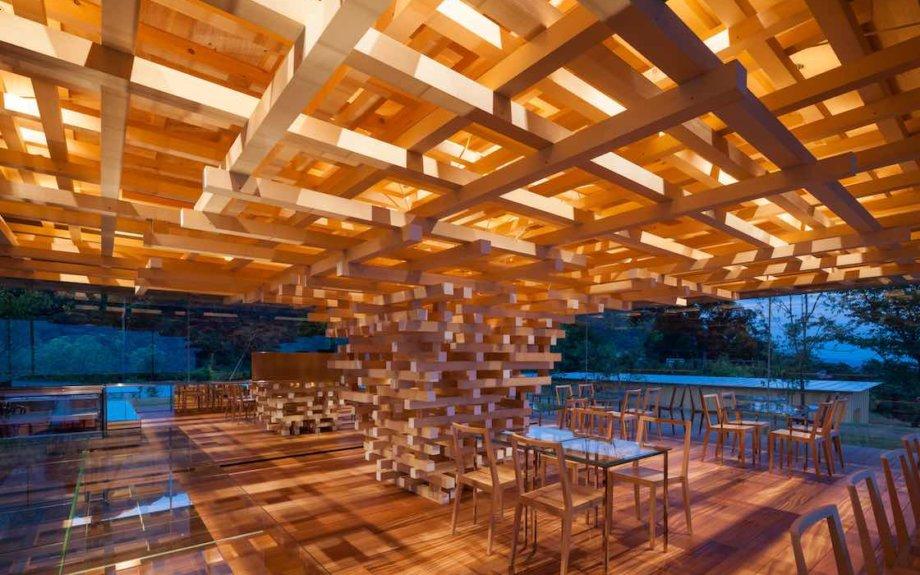 いよいよ5月6日まで。世界的建築家、隈研吾の個展「くまのもの 隈研吾とささやく物質、かたる物質」