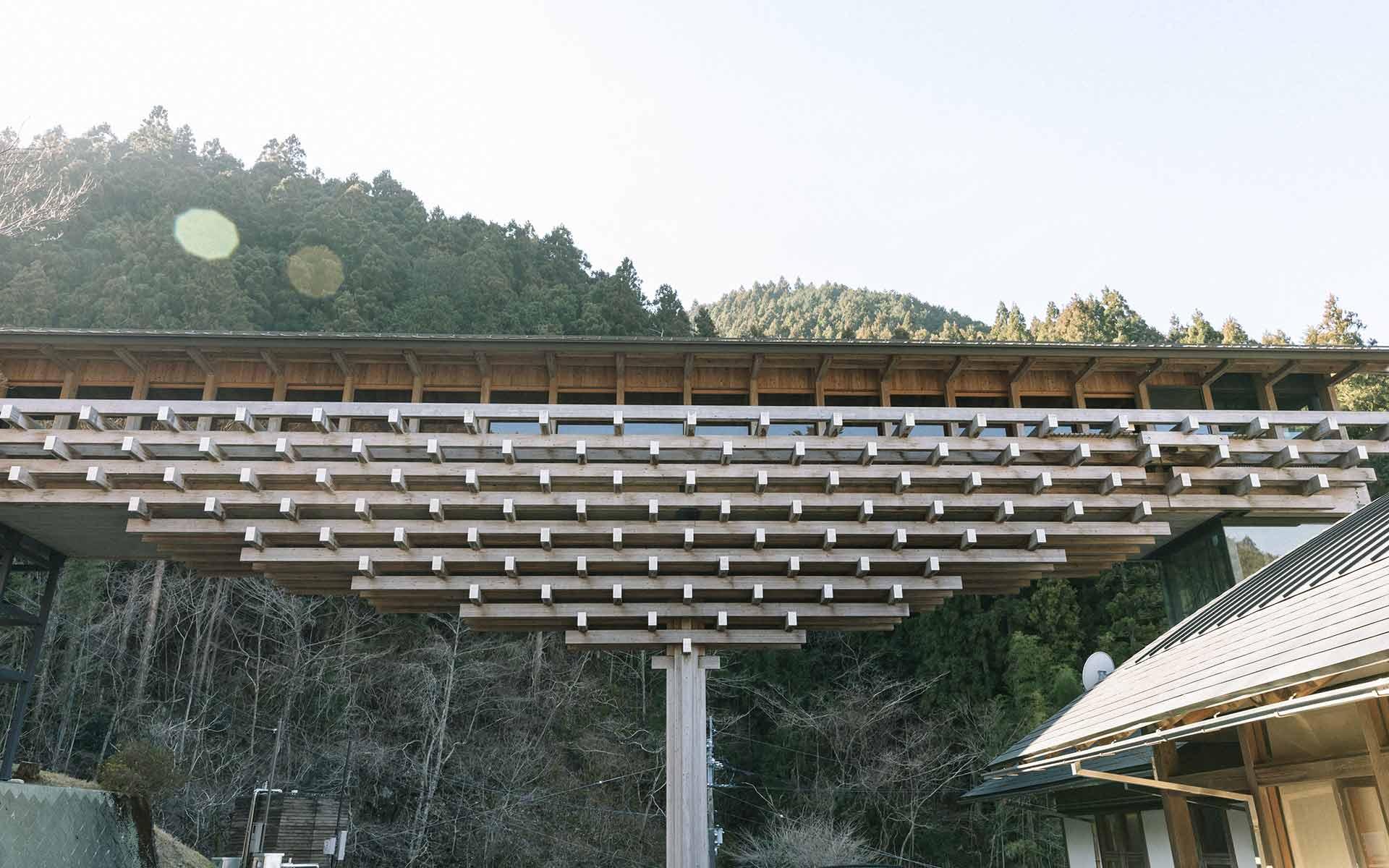 高知・梼原町で見る「負ける建築」家、隈研吾。