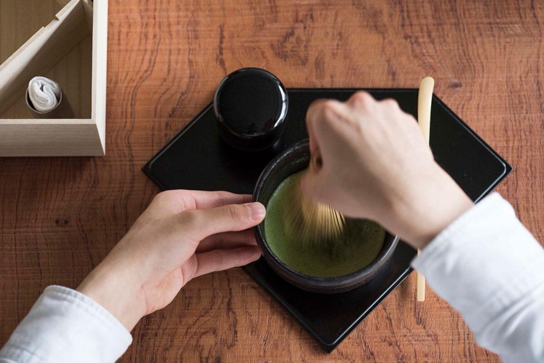 「茶論(さろん)」の茶道風景