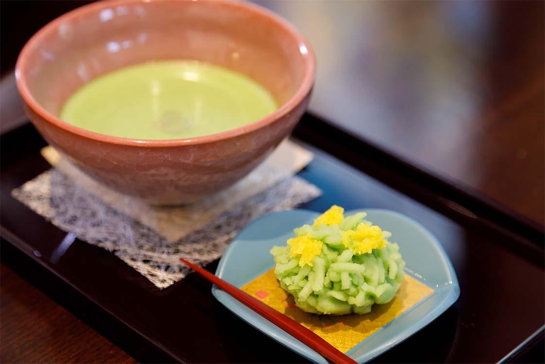 金沢白鳥路 ホテル山楽 お抹茶セット
