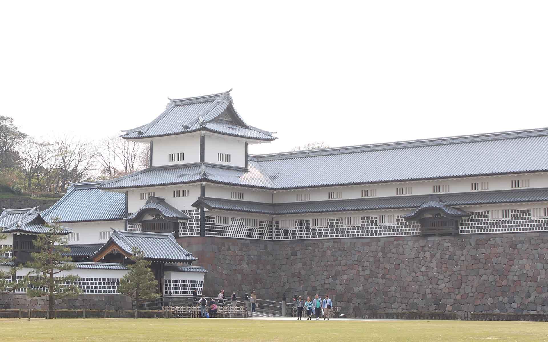 金沢城のモダンな石垣