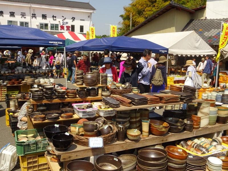 伝統的な益子焼から普段使い、美術品まで。恒例「益子 春の陶器市」開催