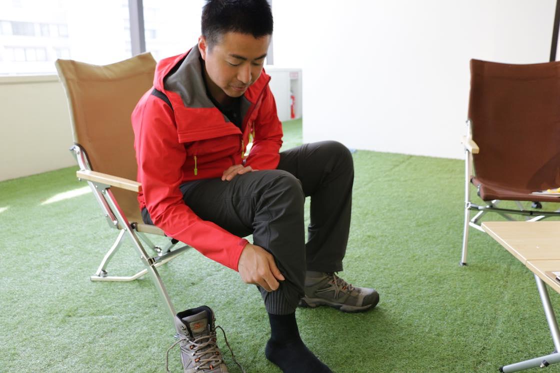 高橋さん、インタビューの日もわざわざ履いてきてくださいました!