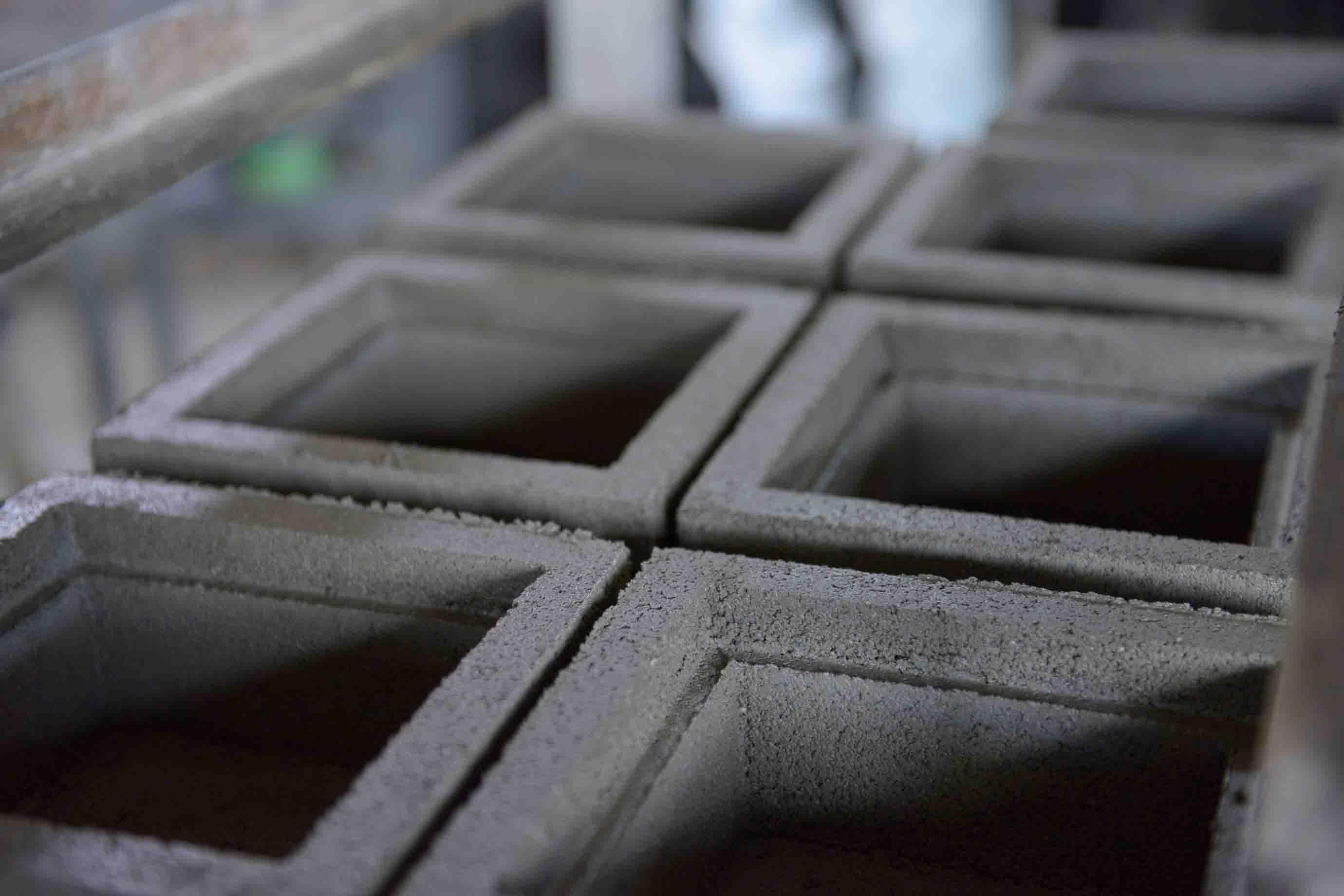 成形された花ブロック