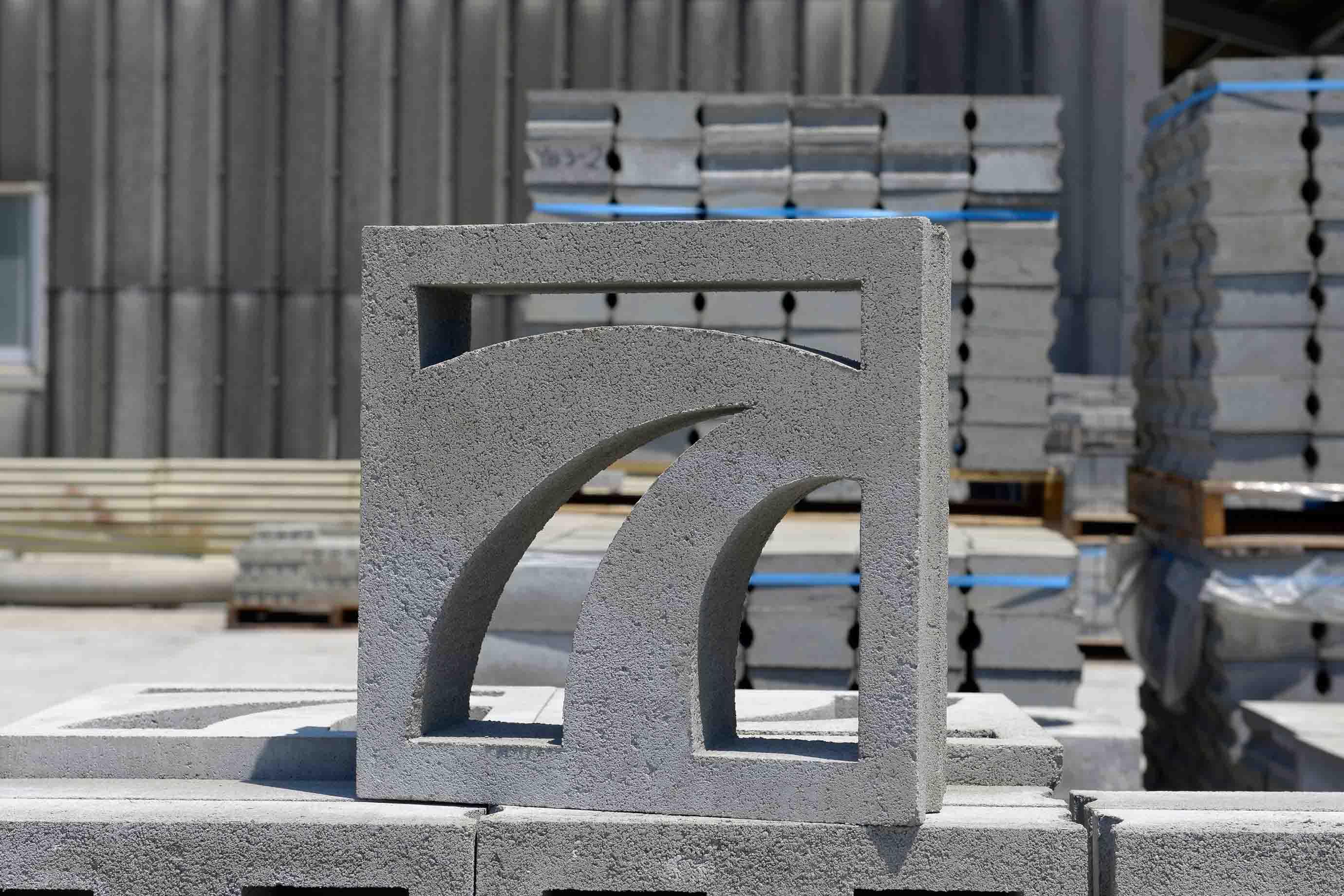 新しいデザインの花ブロック