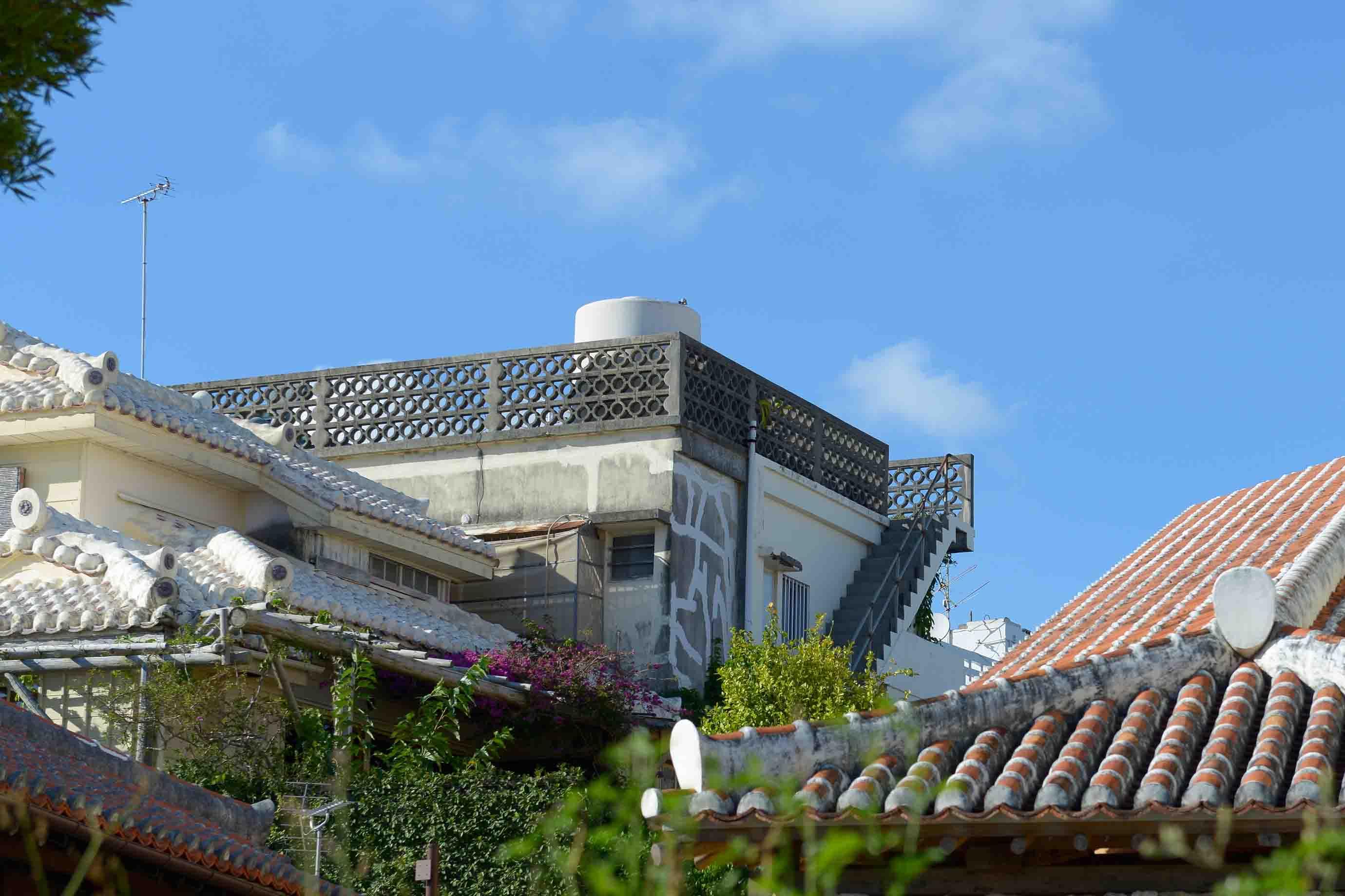 バルコニーや屋上などの柵として使われることも