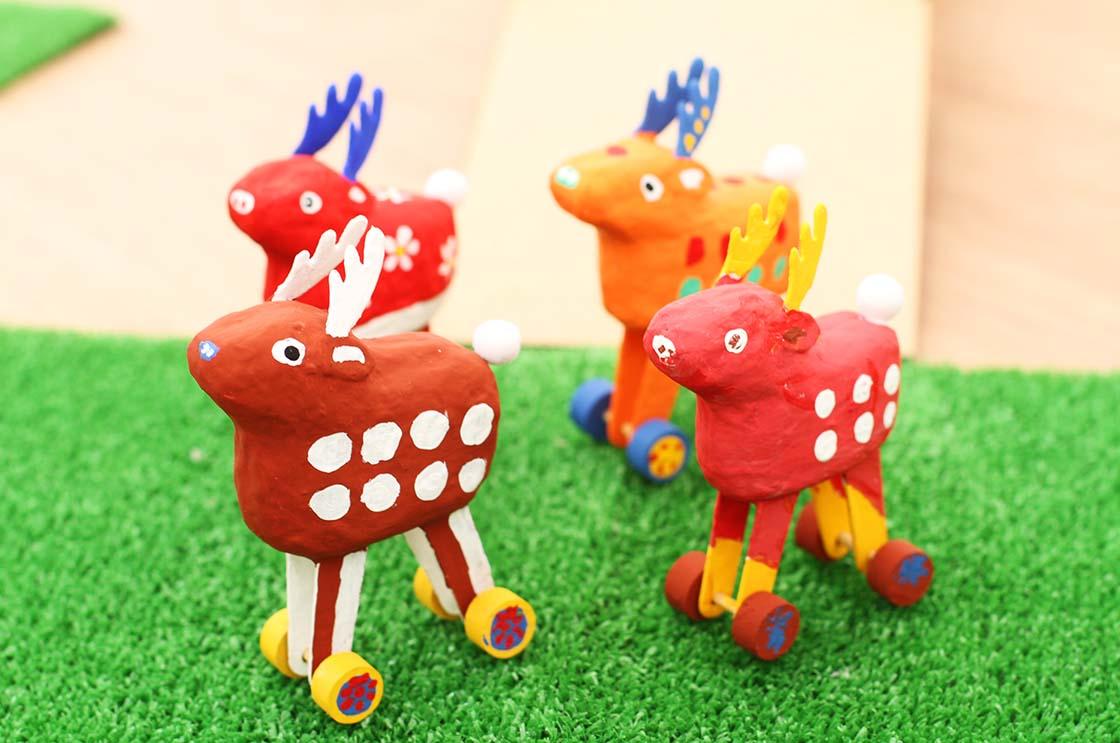 従来の木型でなく、3Dプリンターで型をつくった新郷土玩具「鹿コロコロ」