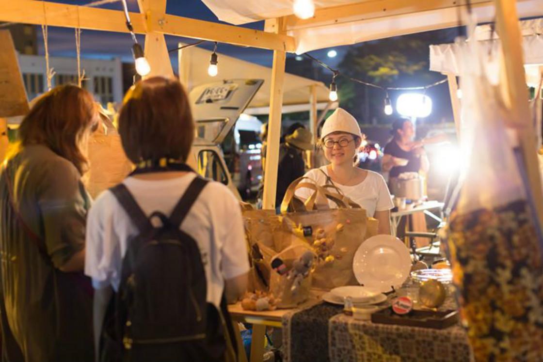 千年未来工藝祭展示販売の様子