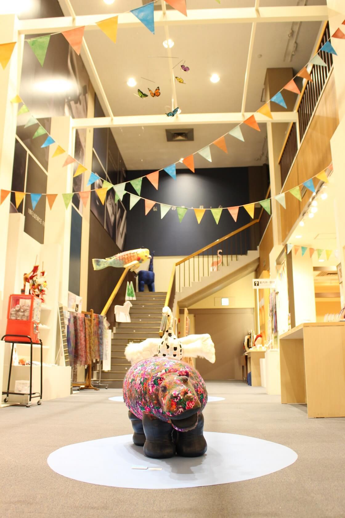 石川県伝統産業工芸館の工芸ZOO