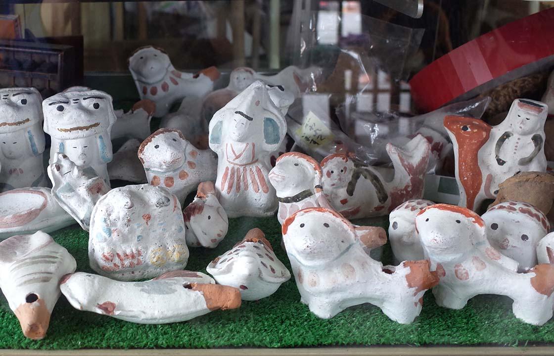 福岡県筑後市の赤坂飴本舗の「ててっぽっぽ」と呼ばれた古い赤坂人形