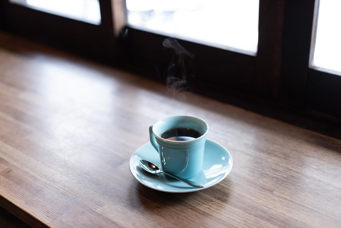 日常を少しだけ特別なものにしてくれる清水焼のカップ。店では購入も可能