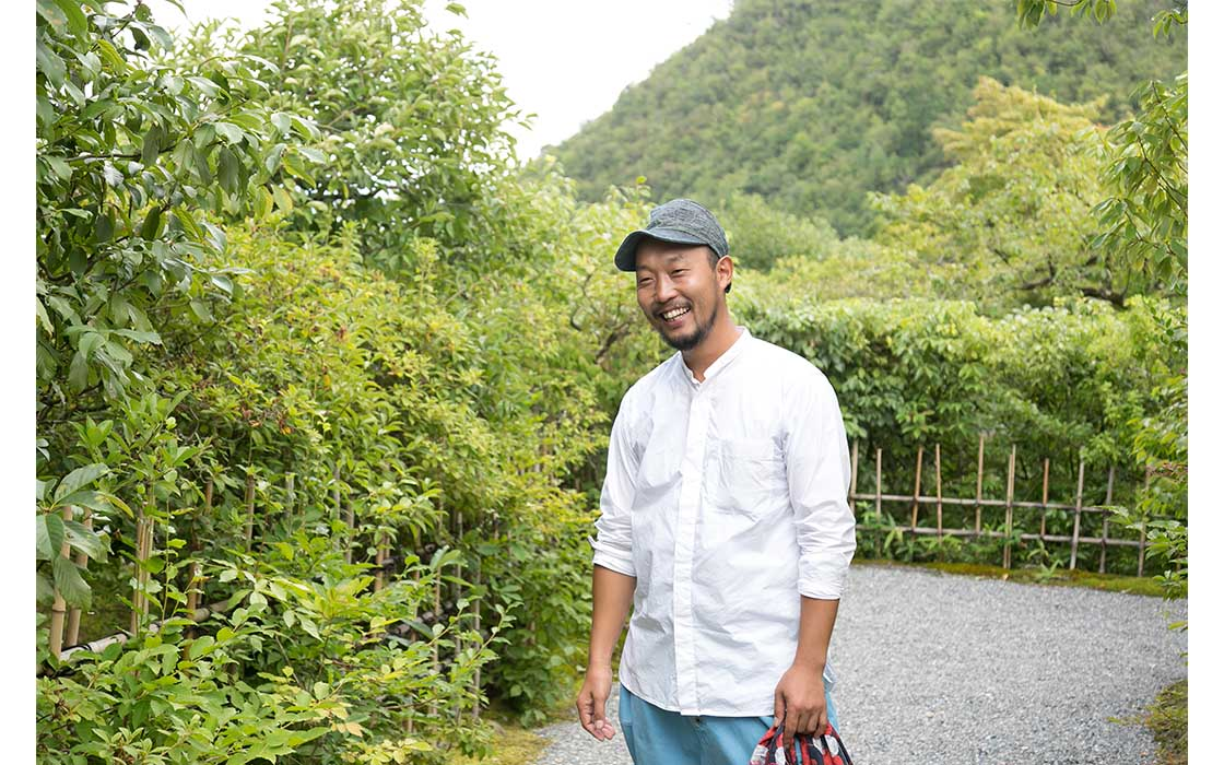 京都で活躍する庭師の一人、猪鼻一帆さん