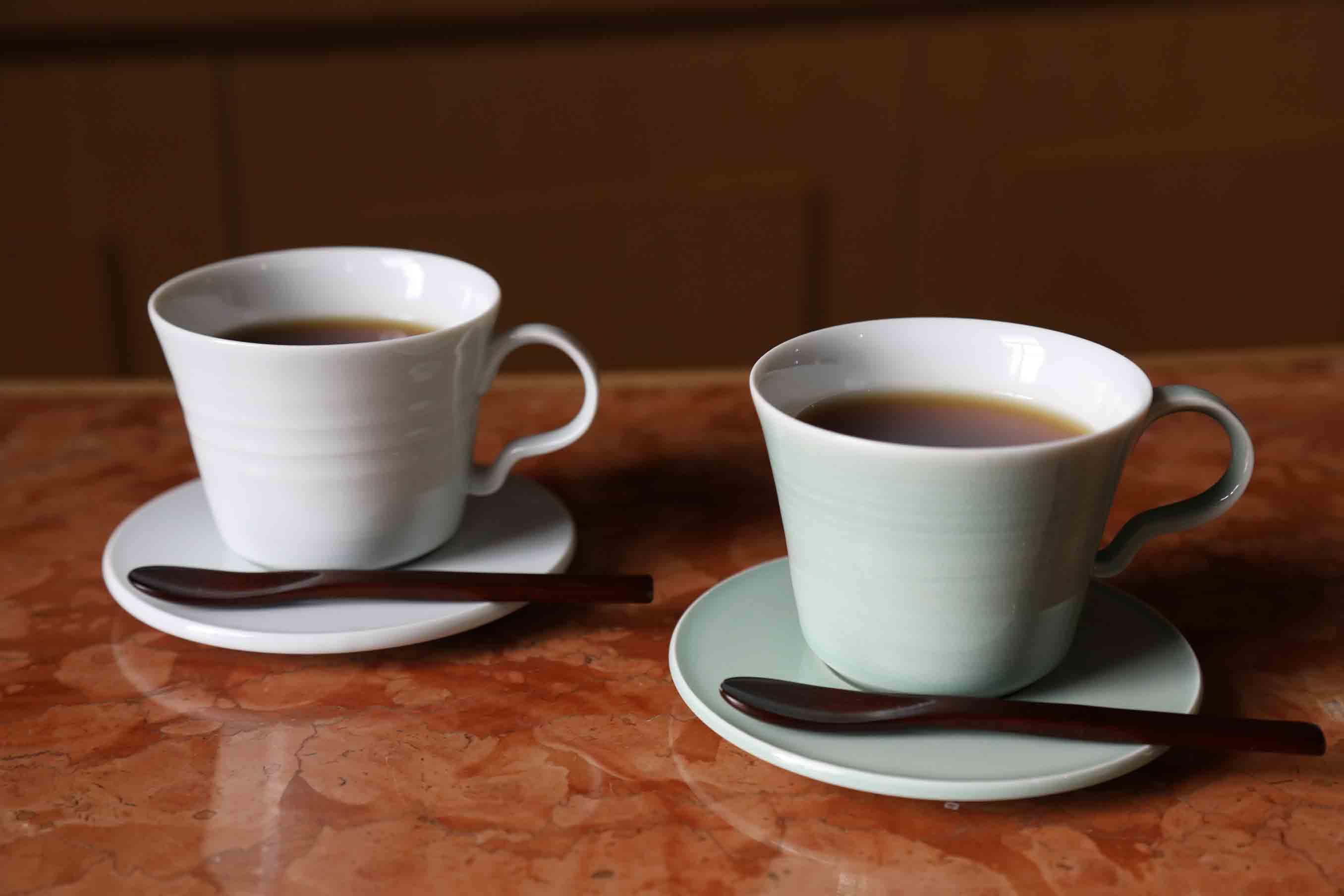 朝日焼のカップ&ソーサー